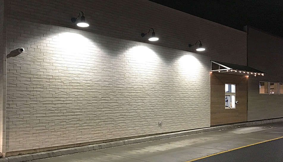 Mechanically fastened brick veneer at Taco Bell